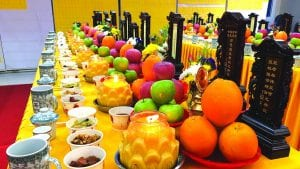 祭拜祖先的食物,应该拜素食好还是荤食好?